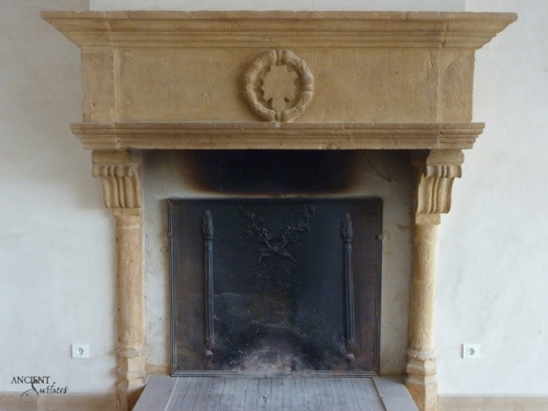 fireplace-antique-limestone-10