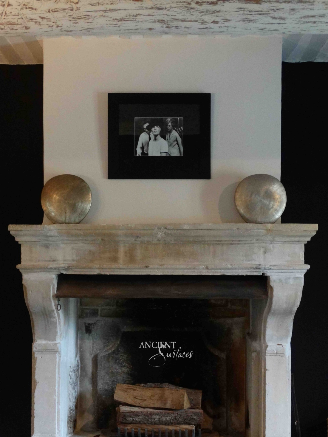 fireplace-antique-limestone-15