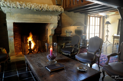 Old-farmhouse-cottage-antique-limestone-fireplace