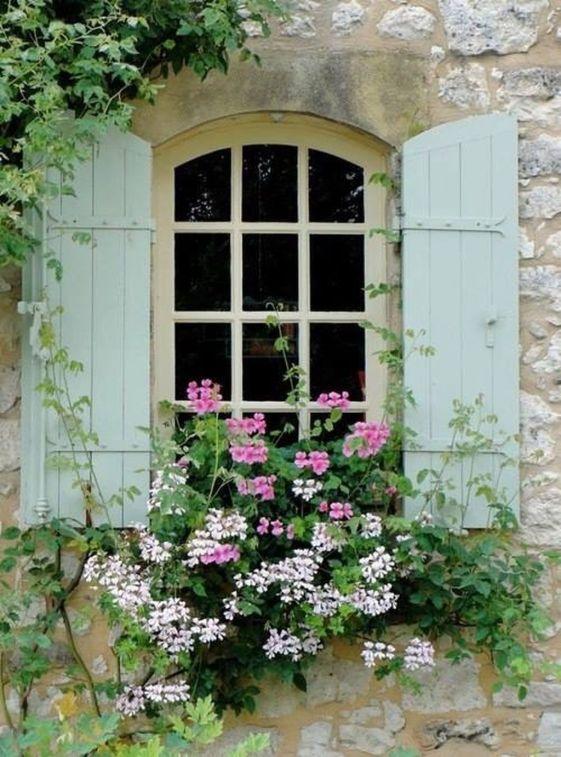 30-European-Cottage-Design-10